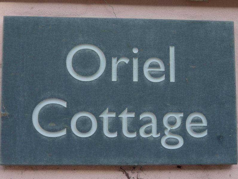 Oriel Cottage em Aldeburgh-uma casa de pescador do século 17 trouxe atualizado a um alto padrão