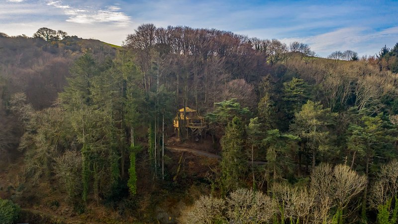Surprising Luxurious Treehouse On The North Devon Coast Updated 2019 Home Interior And Landscaping Staixmapetitesourisinfo