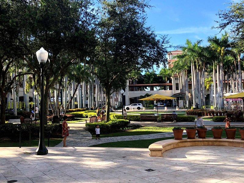 Luxury Apartment Merrick Park, holiday rental in Miami Springs