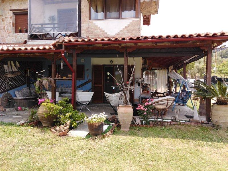 Dionysis Luxury Apartment, holiday rental in Vourvourou