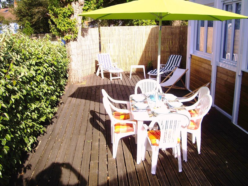 200M PLAGE Charmant Appartement de vacances à la mer, Grande Terrasse, WiFi, vacation rental in Saint Viaud