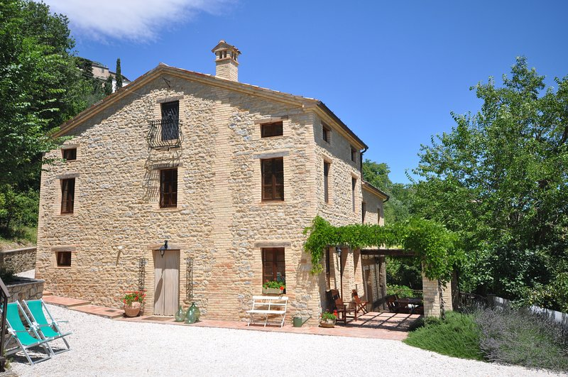 CASA MARIA, holiday rental in Smerillo