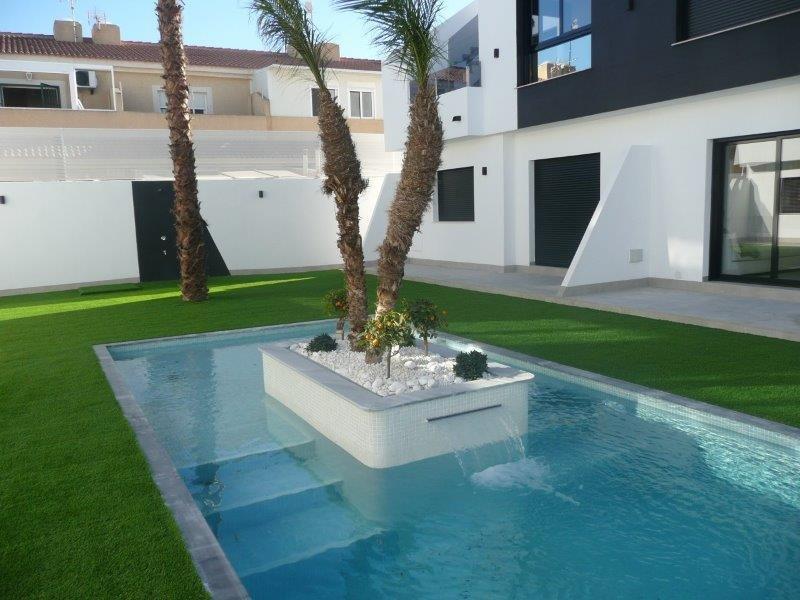 Brand New Luxury 2 Bedroom /  2 Bathroom Apartment, alquiler de vacaciones en San Pedro del Pinatar