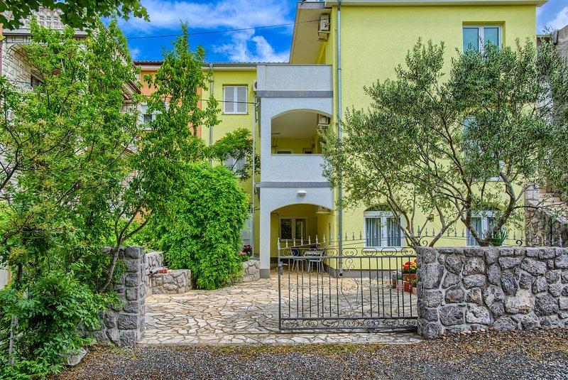 Two bedroom apartment Kraljevica (A-17589-a), holiday rental in Kraljevica