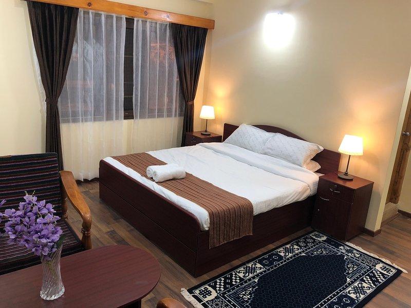 Luxurious 4 bedrooms 4 bath Serviced Apartment, aluguéis de temporada em Thimphu