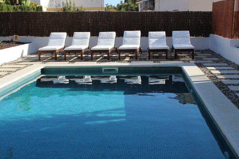 Sea View Villa with Pool, holiday rental in Garraf