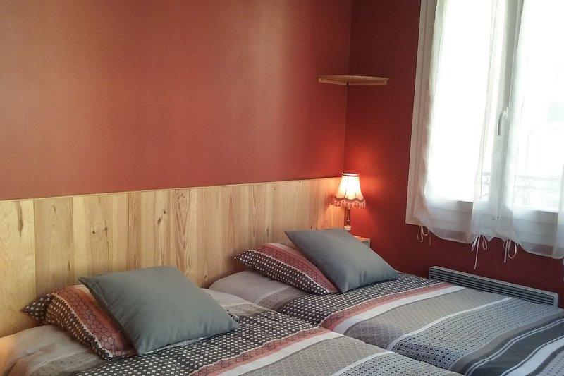 Appartement  centre ville  2 etoiles pres des thermes de vernet les bains, holiday rental in Fuilla