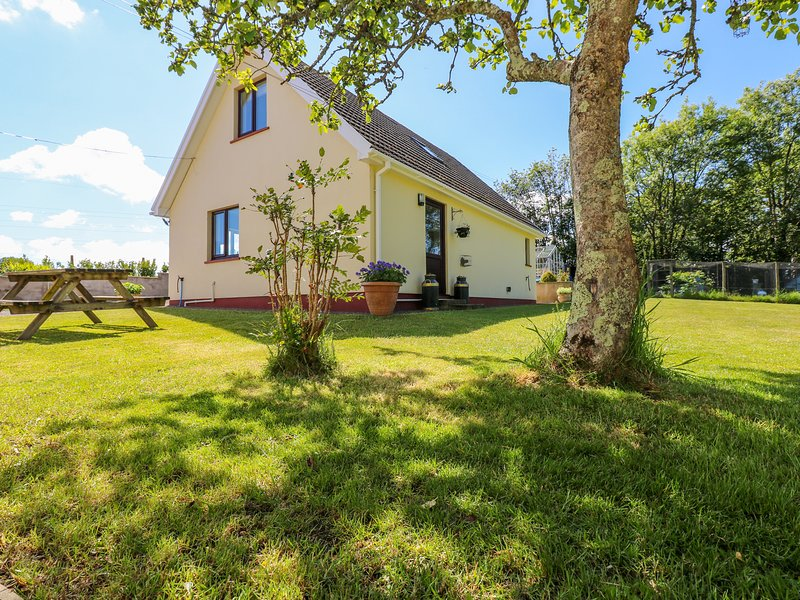 Mill View, Neyland, holiday rental in Landshipping