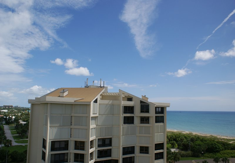 SS 4200 Penthouse/Ocean View Condo-Welcome to Paradise, location de vacances à Hutchinson Island