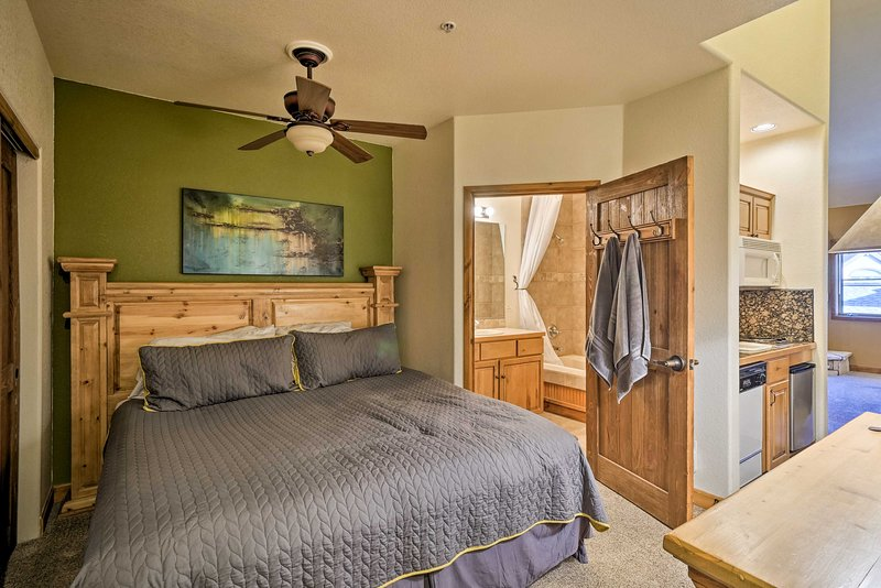 The studio vacation rental provides sleeping space for 4.