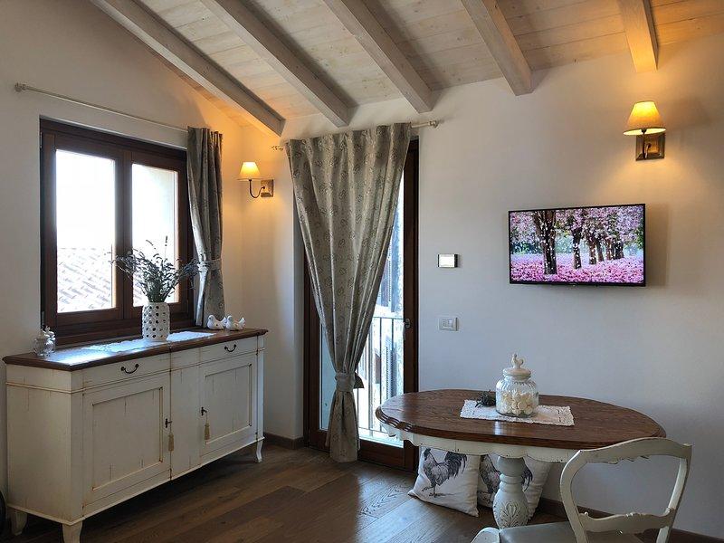 'La Poulerie - Suite Dependance', vacation rental in Dascio