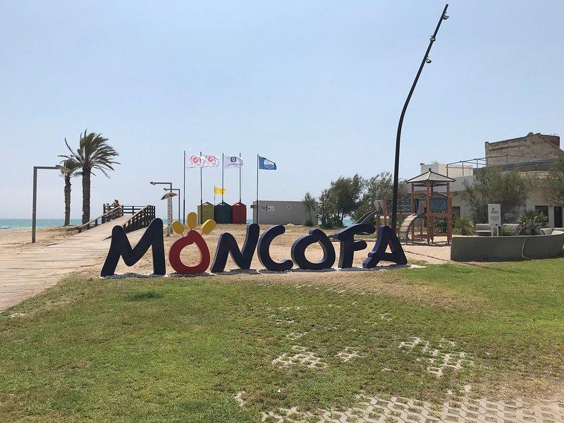 Apartamento familiar Moncofa. Playa del grao, aluguéis de temporada em Almenara