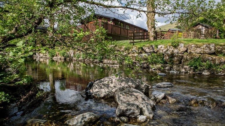 Jinnyspinner Lodge