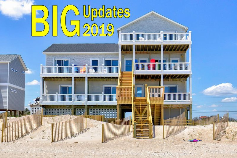 New River Inlet Rd 526 Oceanfront! | Private Heated Pool, Hot Tub, Elevator, Gam, alquiler de vacaciones en Topsail Island