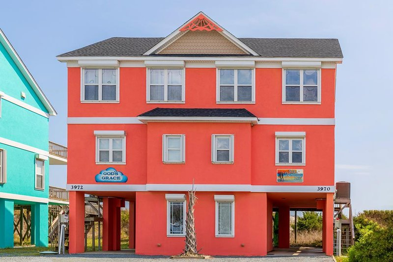 Island Drive 3970 Oceanfront!   Internet, Pet Friendly, holiday rental in North Topsail Beach