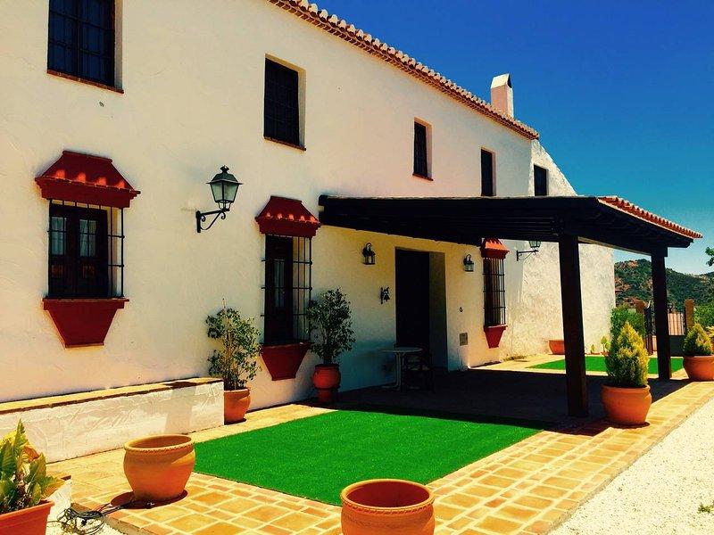 Cortijo Molino de Bernabé, holiday rental in Almogia