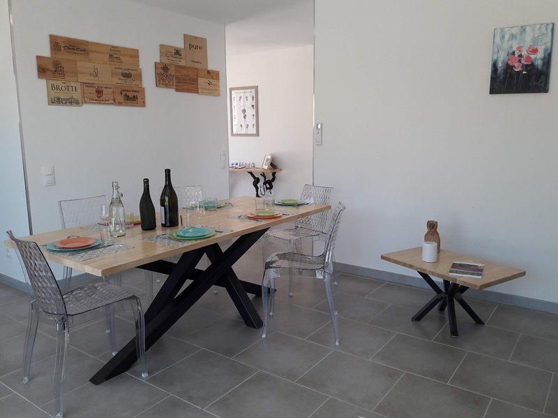 A 2 pas des vignes, numéro 6***, Chateauneuf du Pape, alquiler de vacaciones en Chateauneuf-du-Pape