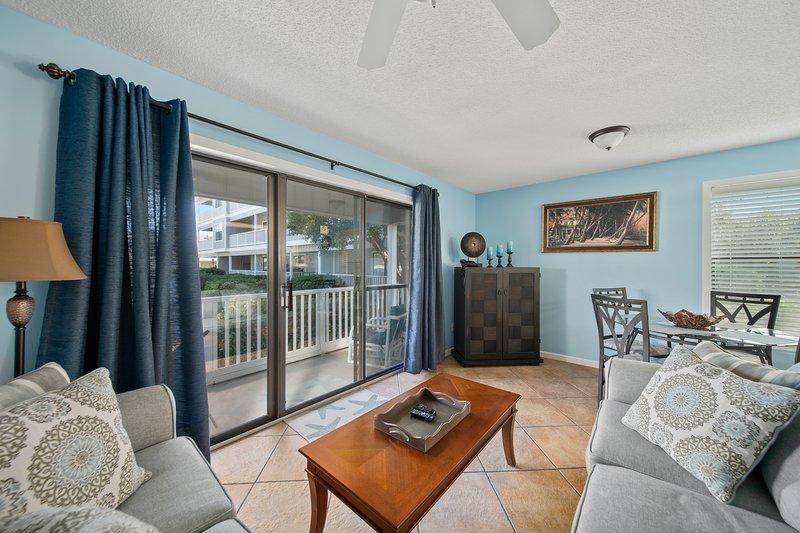 Beachwood Villas 11A   Playa Blanca-Living Room