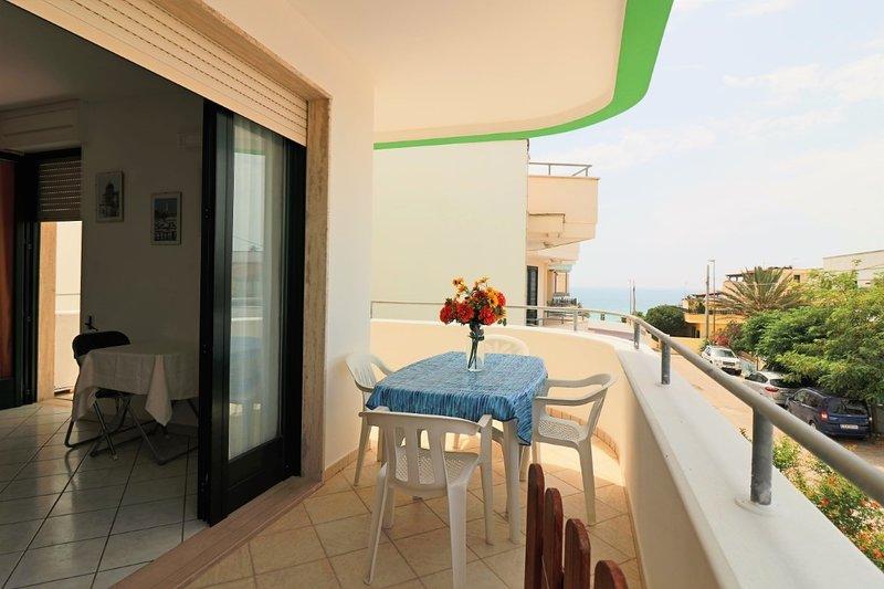 Menelao sea view holiday home in Torre San Giovanni in Salento, location de vacances à Posto Rosso