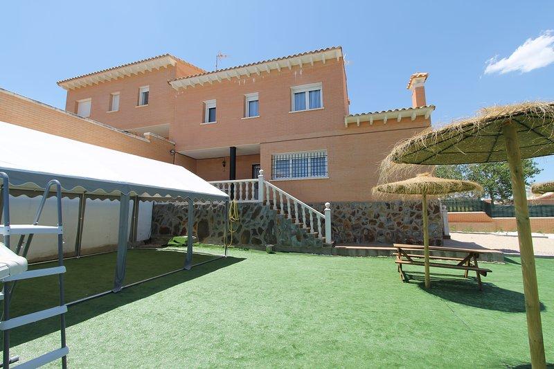 Casa Faisanes, aluguéis de temporada em Sesena Nuevo