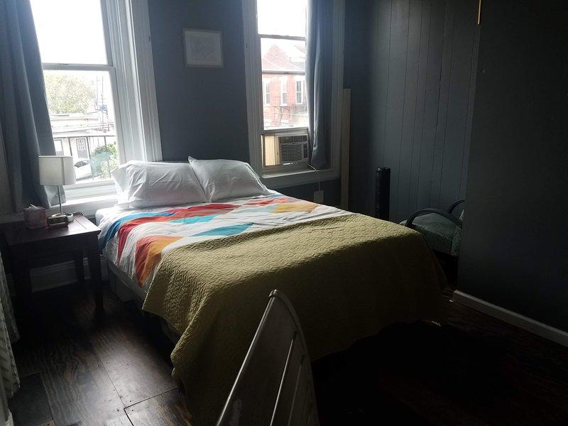 Urban Retreat Green Room, location de vacances à Covington