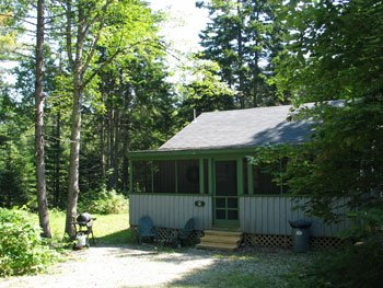 Pine Cone Cabin near Hodgdon Pond, holiday rental in Seal Cove