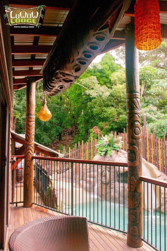 Vista a la piscina de la laguna desde el balcón de la suite Mai-Hai.