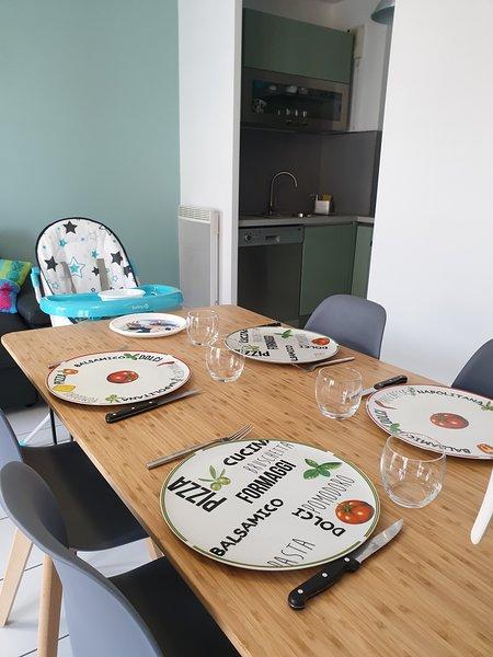 DISNEYLAND PARIS - Appartement 2 pièces 40m2 pour 4 personnes + 1 bébé, vacation rental in Bussy St Georges