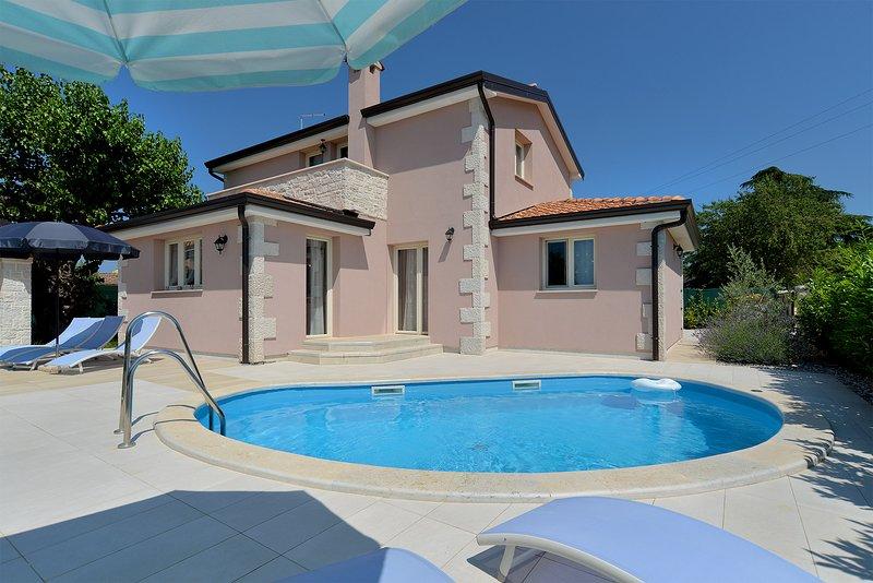 Villa Nela Popović, holiday rental in Zikovici