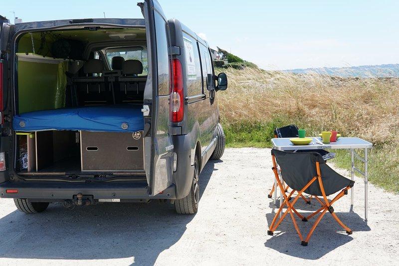 Location atypique, transformer votre véhicule en Van, holiday rental in Ploemeur