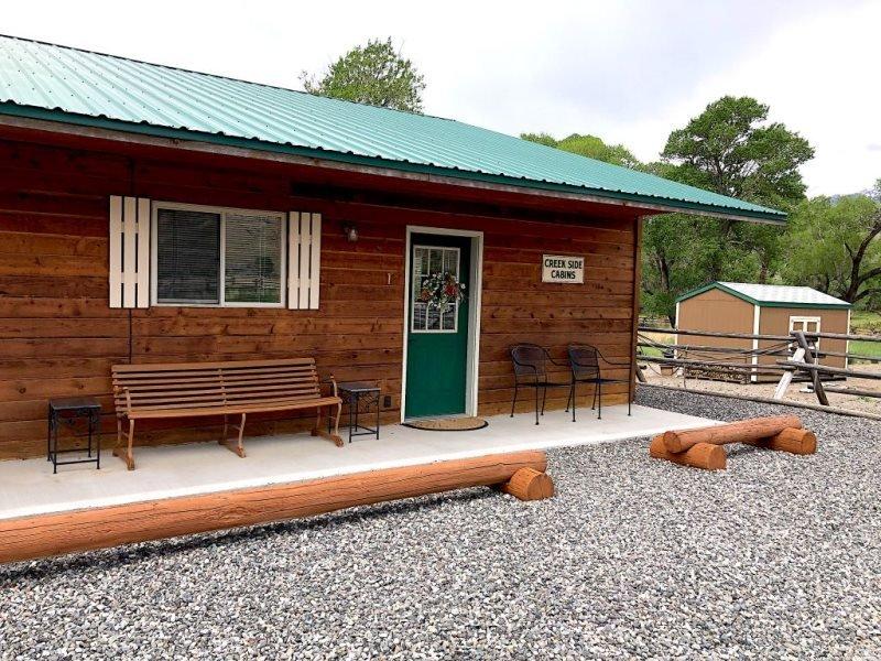 Creek Side Cabin #1, vacation rental in Wapiti