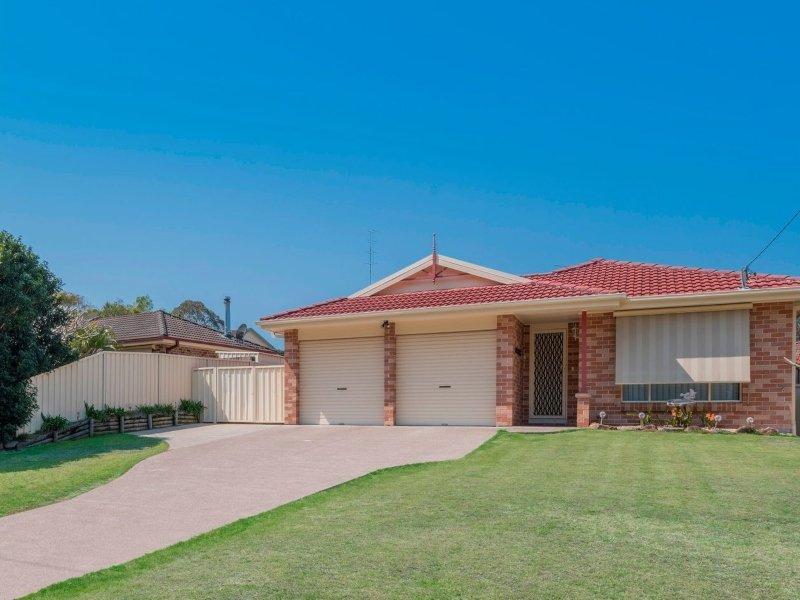 Lakelandia - family home with inground pool, wifi and close to lake and beach, alquiler de vacaciones en Lake Macquarie