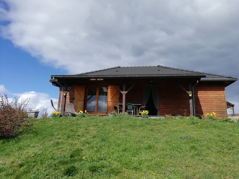 Maison ossature bois, vacation rental in Belcastel
