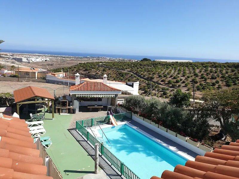 Apartment with swimming-pool, aluguéis de temporada em San Bartolome de Tirajana