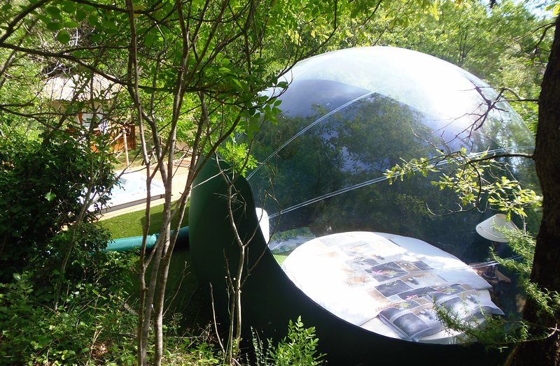 Hebergement insolite La Bulle Zen, holiday rental in Signes