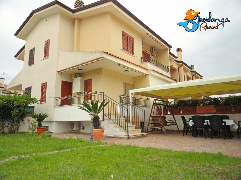 Villa Circe Sperlongaresort, holiday rental in Sperlonga