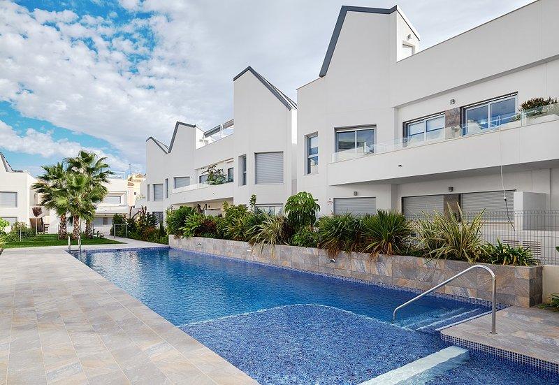 Villa Amalia Eco. No.47. Ground Floor Apartment, vacation rental in Torrevieja
