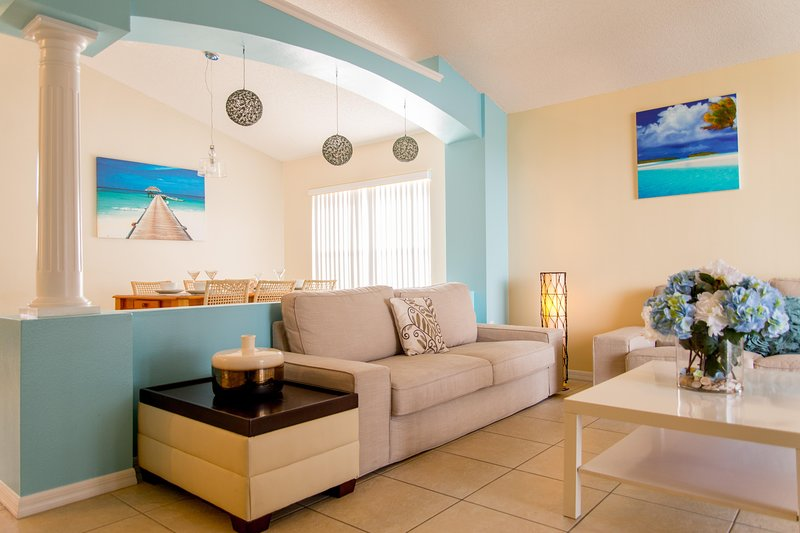 Paradise Island Villa, aluguéis de temporada em Intercession City