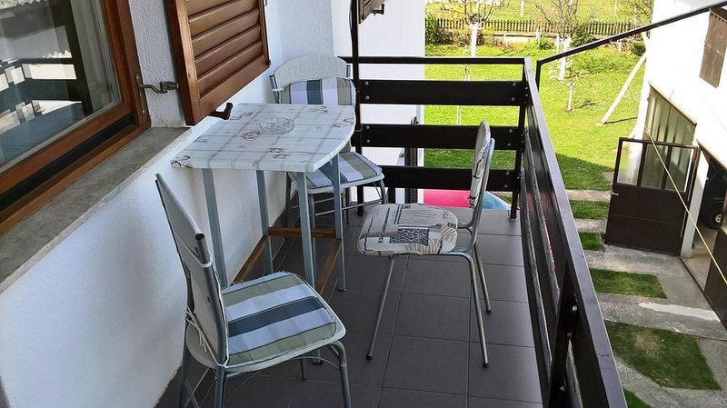 Slunj Apartment Sleeps 6 - 5807540, location de vacances à Slunj