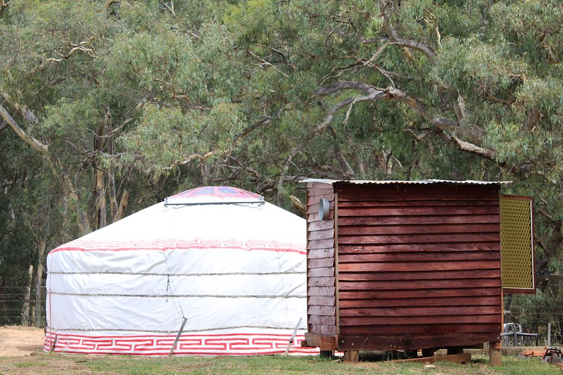 Eco-luxury Glamping in handcrafted Mongolian Yurt & Red Gum Ensuite