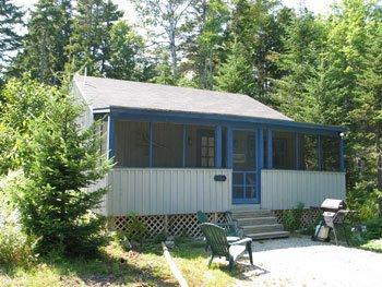 Birch Bark Cabin near Hodgdon Pond, holiday rental in Seal Cove
