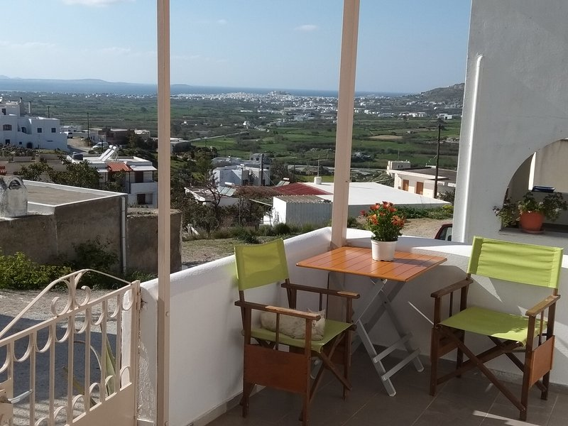 Aegean Window, holiday rental in Glinado