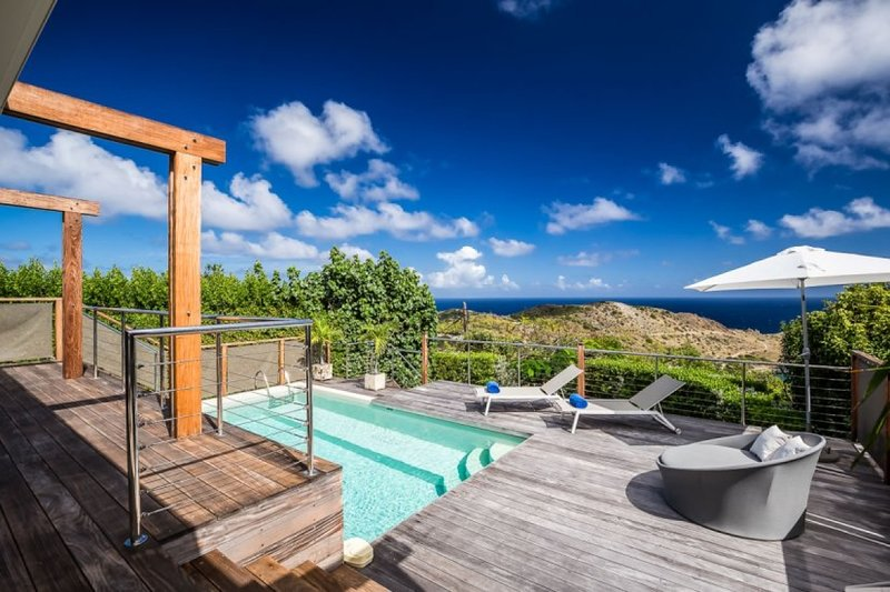 Villa La Magnifica | Ocean View - Located in Magnificent Deve with Private Pool, vakantiewoning in Grand Fond