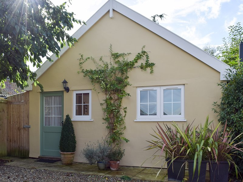 Field View Cottage, holiday rental in Badingham