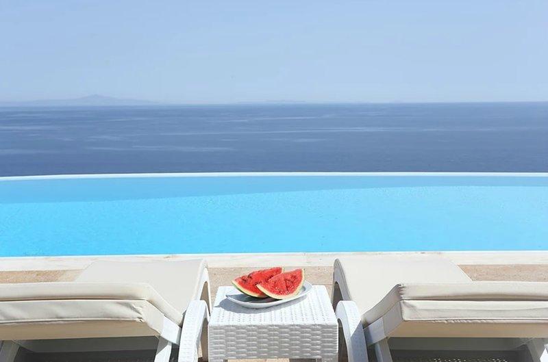 Dreamy pool villa for 10 ppl 5 bdrms, vacation rental in Poseidonia