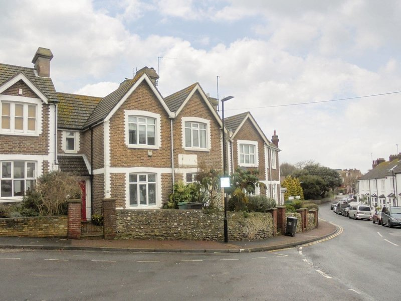 Downs Gate Cottage, holiday rental in Seaford