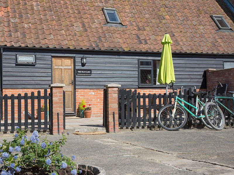 Old Dairy - UKC3169, holiday rental in Cookley
