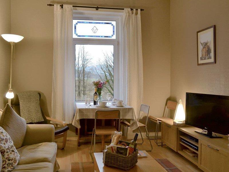 Lochside, holiday rental in Blairmore