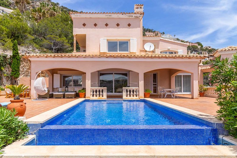 Villa Moragues, vacation rental in Port d'Andratx