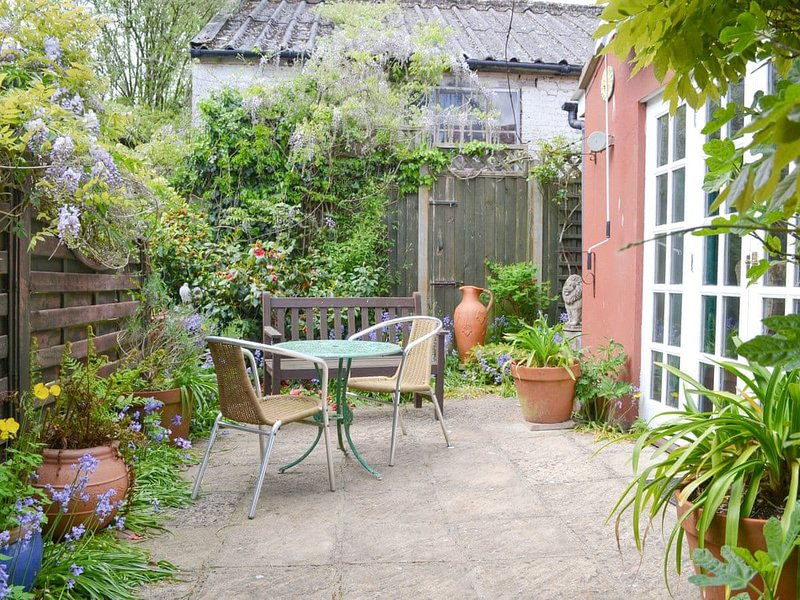 Wisteria Cottage, vacation rental in Wolterton